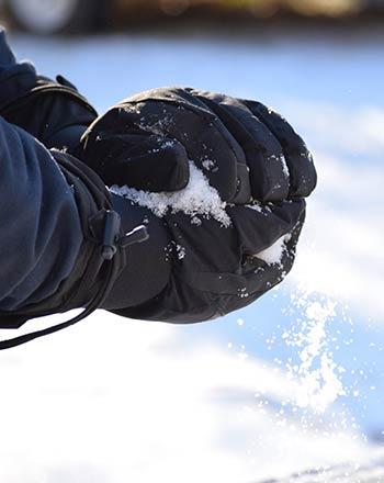 equipación guantes esquí